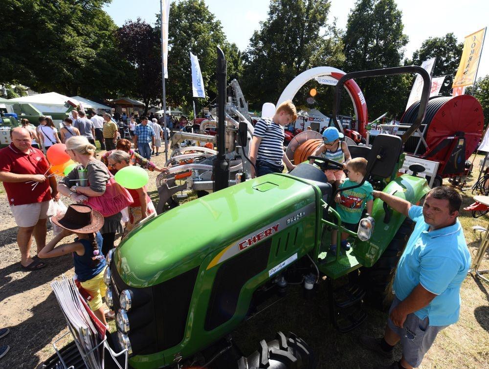 Farmer Expo 2019 Debrecen. Nemzetközi Mezőgazdasági és Élelmiszeripari  Szakkiállítás 45b01c8dc1