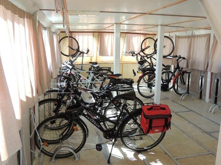 2c31a1676a9c Kerékpár szállítás hajón, kerékpárszállító hajójáratok a Balatonon 2019