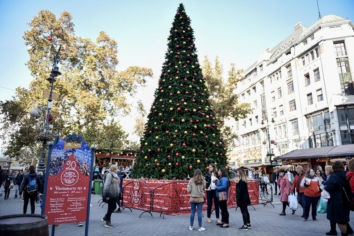Budapesti Karácsonyi Vásár 2018. Budapesti Adventi- és Karácsonyi ... 17a7e485db