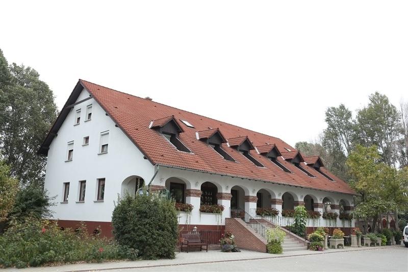 Bajor Vendégház és Étterem - Programturizmus 6e18ee9b9d
