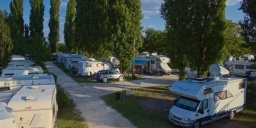 Tisza-parti Thermal Camping - Barack Thermal Resort